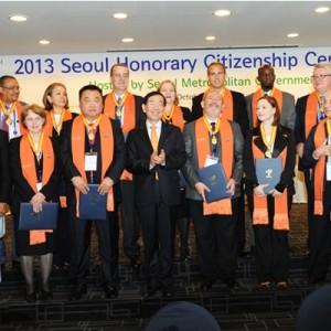 15位獲選為2013首爾榮譽市民之外國人